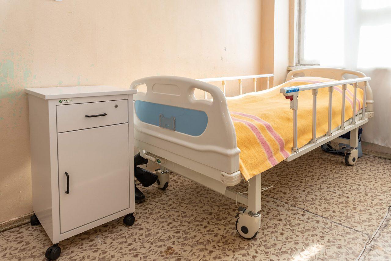 """Конверс Банк: Благодаря фонду """"Фрутфул Армения"""" два медицинских центра Армавирской области пополнились оборудованием и мебелью"""