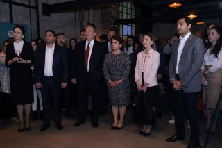Президент Саргсян посетил мероприятие для творческой молодежи, организованное Ucom и «Creative Armenia»
