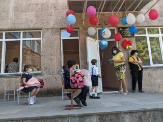 """""""Teach For Armenia"""" и Ucom объединяют усилия для расширения возможностей общественного образования"""