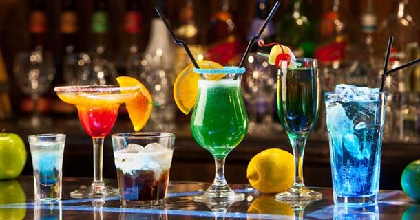 В период новогодних праздников спрос на алкоголь удваивается