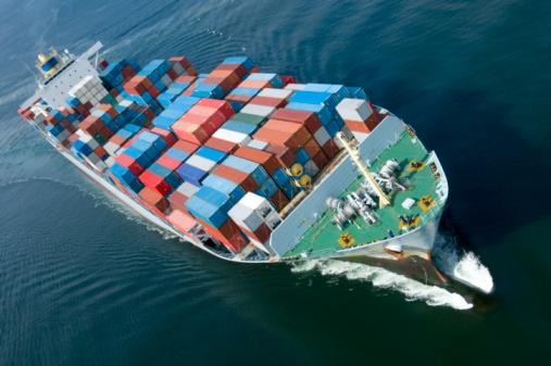 Евросоюз сократил объемы торговли с Россией на 10%