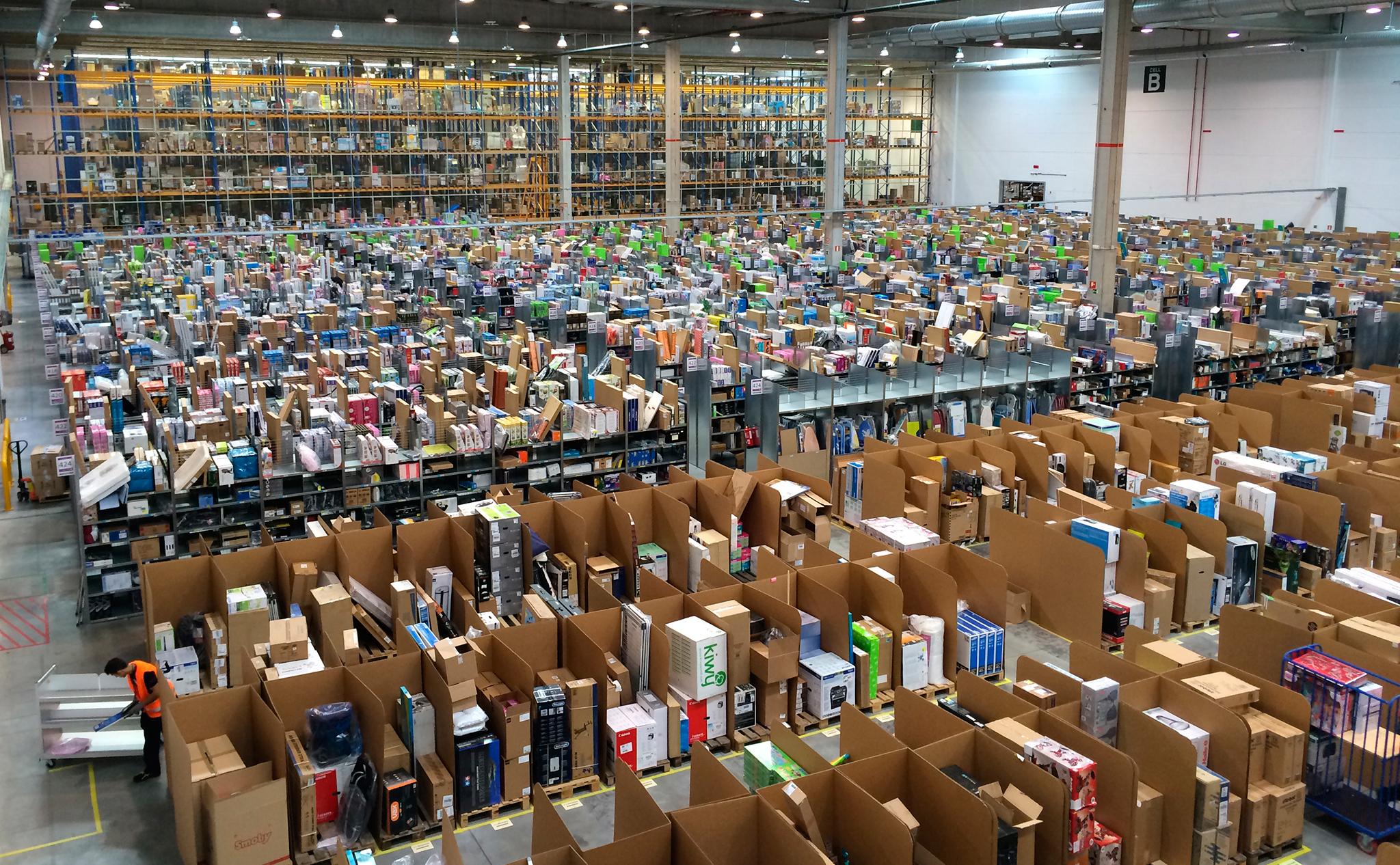 Чистая прибыль Amazon в первом полугодии выросла до $1.37 млрд