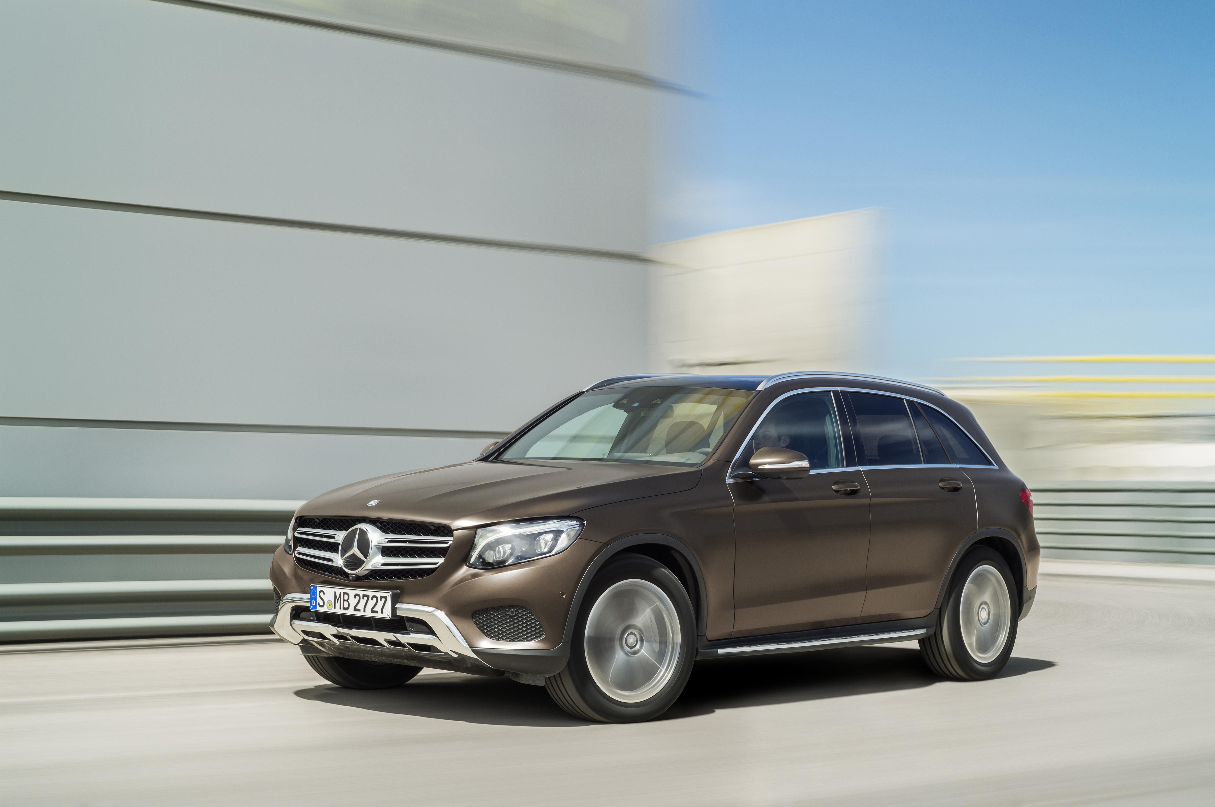 За I полугодие 2017г. продажи Mercedes-Benz выросли на 13,7%
