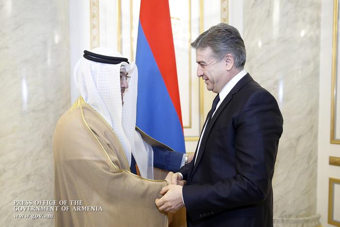 Карен Карапетян принял новоназначенного посла Кувейта в Армении