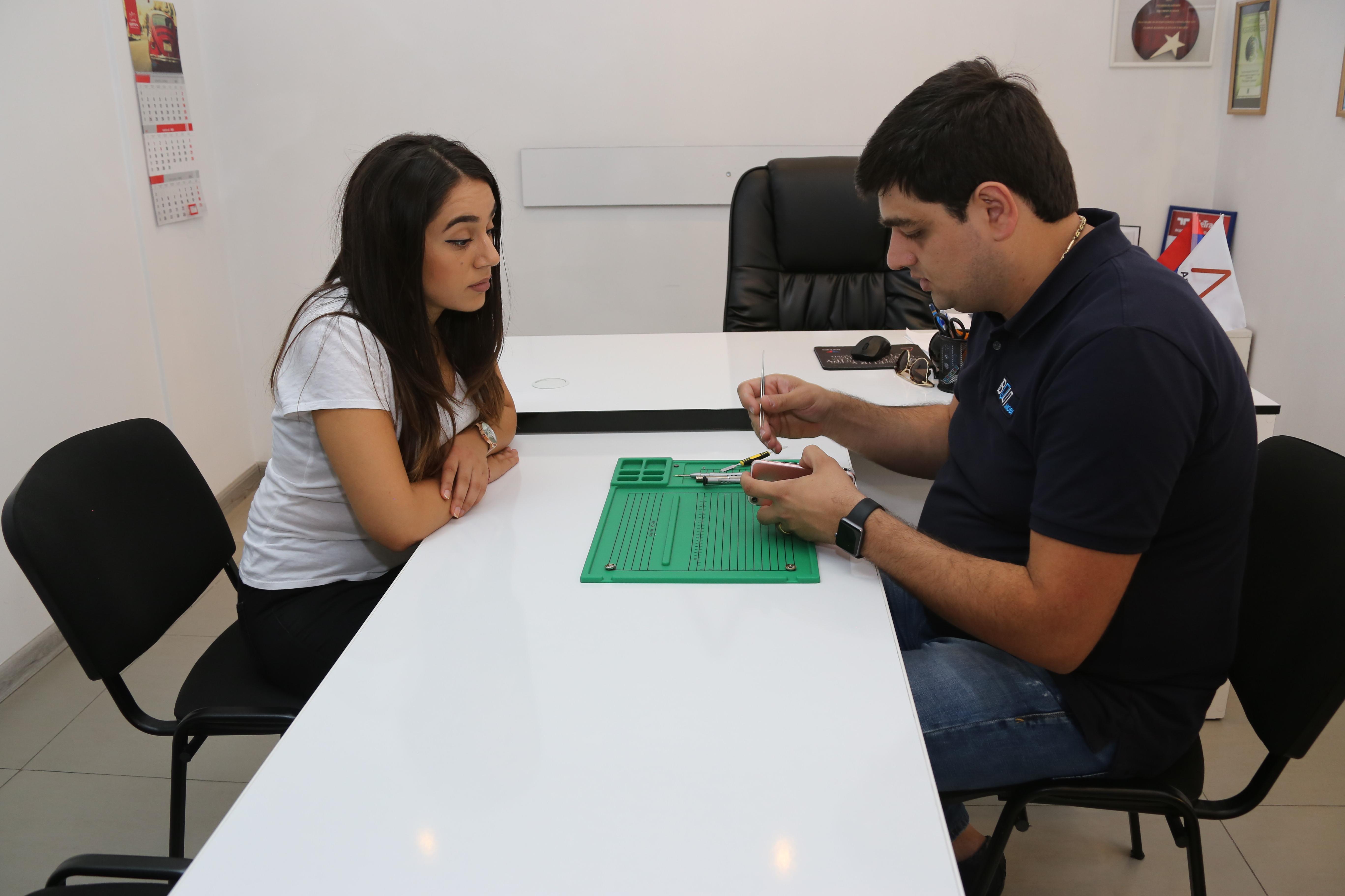 Компании Ucom и iBolit.mobi предоставляют услуги по ремонту оборудования
