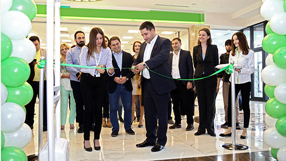 В торговом центре Нор Норка Мегамолл будет действовать новый центр обслуживания абонентов Ucom