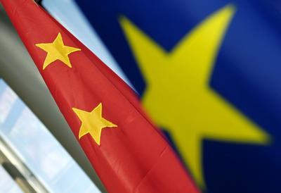 Китай вновь спешит на помощь Греции