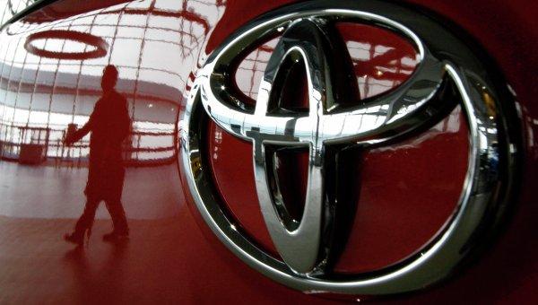 Toyota увеличила продажи до рекордных 5.09 млн авто
