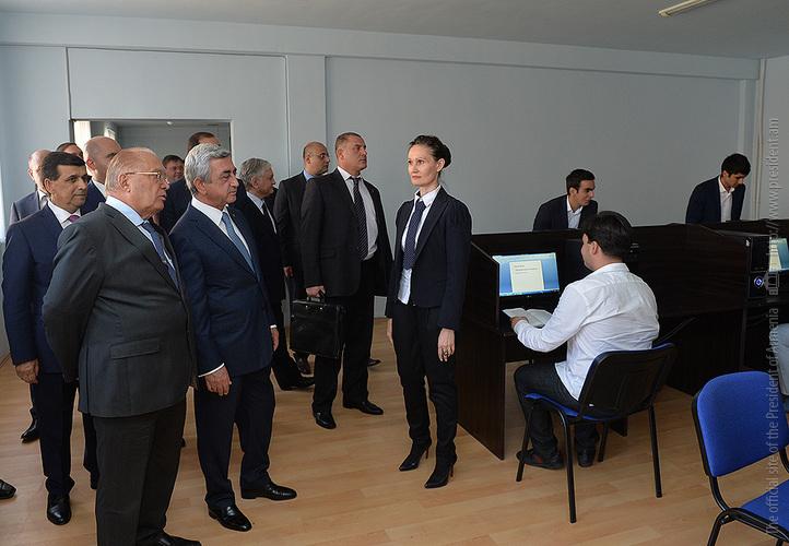 Նախագահ Սերժ Սարգսյանն այցելել է Մոսկվայի պետական համալսարանի Երեվանի մասնաճյուղ