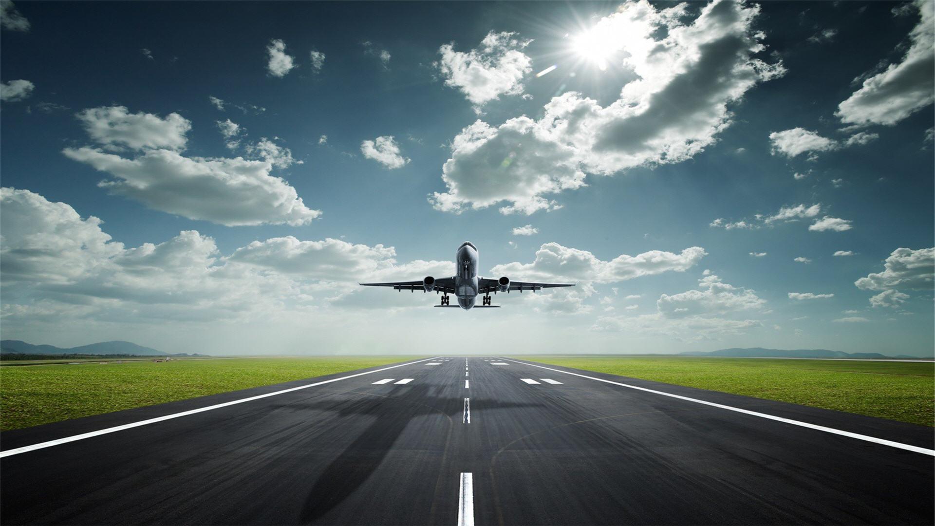 Քննարկվել են Հայաստանում մրցունակ ավիափոխադրումների ծառայությունների ապահովմանն առնչվող հարցեր