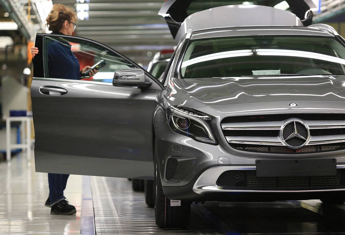 Mercedes-Benz-ի վաճառքները երկու անգամ ավելի արագ են աճում, քան BMW-ինը