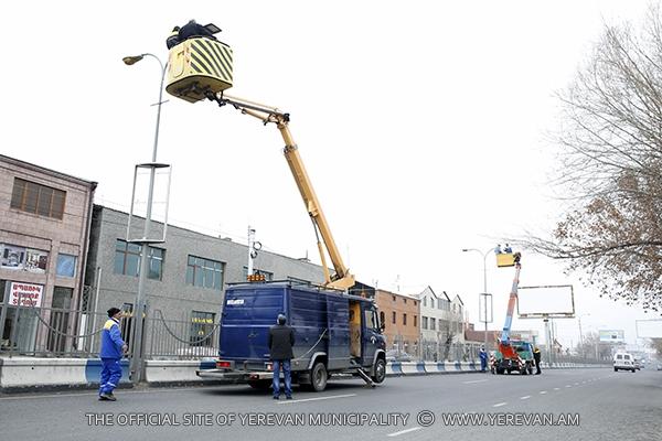 Երքաղլույս․ փողոցներում և բակերում փոխարինվել է 604 վնասված լամպ