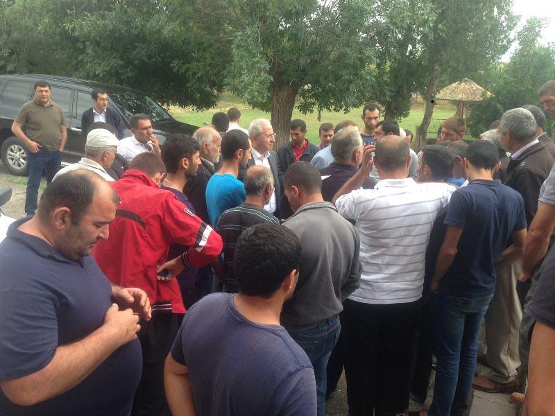 Սերգո Կարապետյանն այցելել է Արմավիրի և Արագածոտնի կարկտահարված համայնքներ