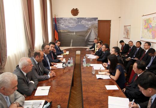 Գագիկ Բեգլարյանը հանդիպեց ՉԺՀ առևտրի նախարարի տեղակալին