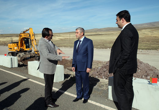 Վահան Մարտիրոսյանն այցելեց Հյուսիս-հարավի շինարարական տեղամասեր