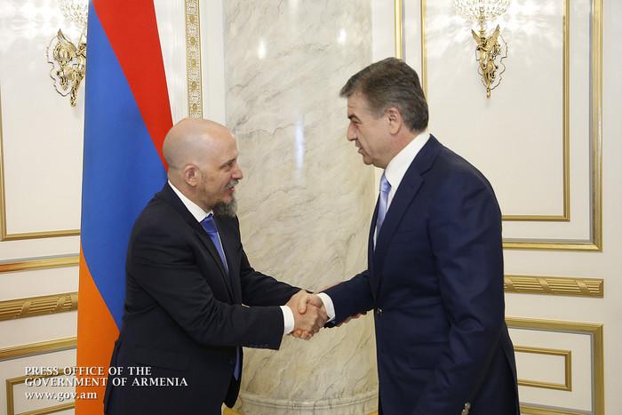 Կարեն Կարապետյանն ընդունել է Հայաստանում Արգենտինայի դեսպան Գոնսալո Ուռիոլաբեիտիային