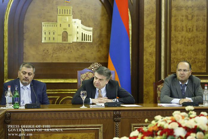 Կարեն Կարապետյանը Microsoft-ի պատվիրակության հետ քննարկել է Հայաստանի թվային օրակարգի իրագործելուն առնչվող հարցեր