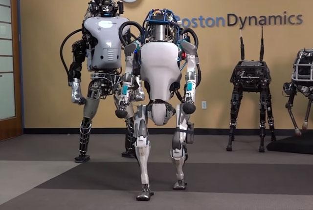 Boston Dynamics-ը մարմնամարզիկ ռոբոտ է ցուցադրել. տեսանյութ