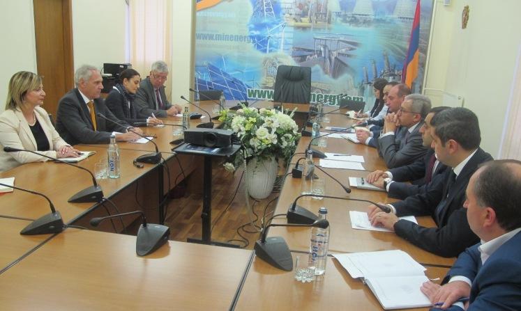 Քննարկվել են Հայաստան-Վրաստան օդային գծի և Կապսի ջրամբարի կառուցման ծրագրերի ֆինանսավորման հարցերը