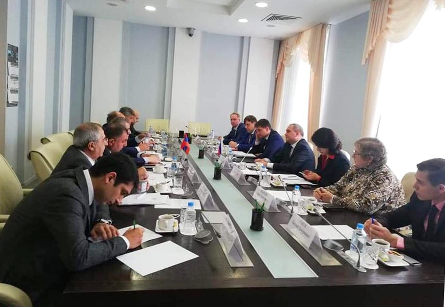 ՀՀ և ՌԴ արդյունաբերության ոլորտում կոոպերացիոն զարգացման աշխատանքային խմբի առաջին նիստը` Մոսկվայում
