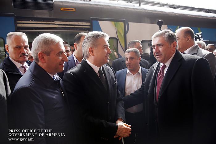 Կարեն Կարապետյանին ներկայացվել են Շիրակի մարզում իրականացված միջոցառումների արդյունքներն ու 2018-ի անելիքները