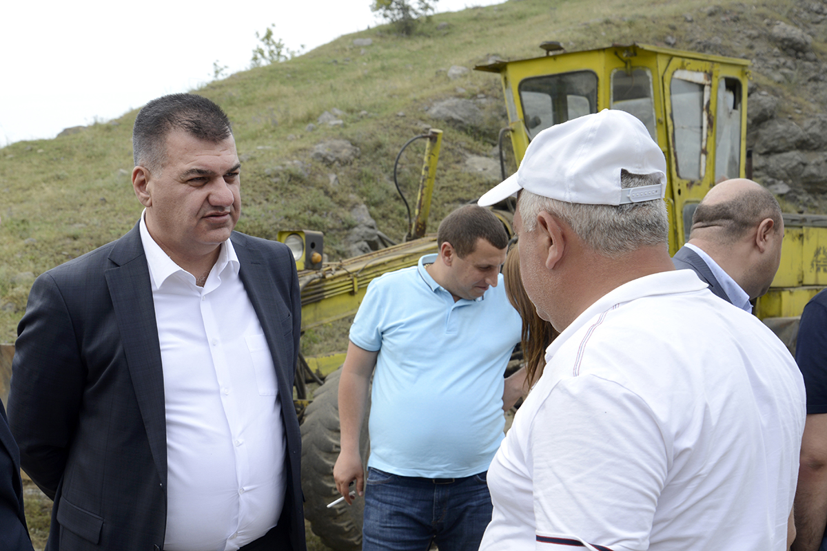 Աշոտ Հակոբյանը ծանոթացել է Ոսկեպար-Նոյեմբերյան ավտոճանապարհի հիմնանորոգման ընթացքին