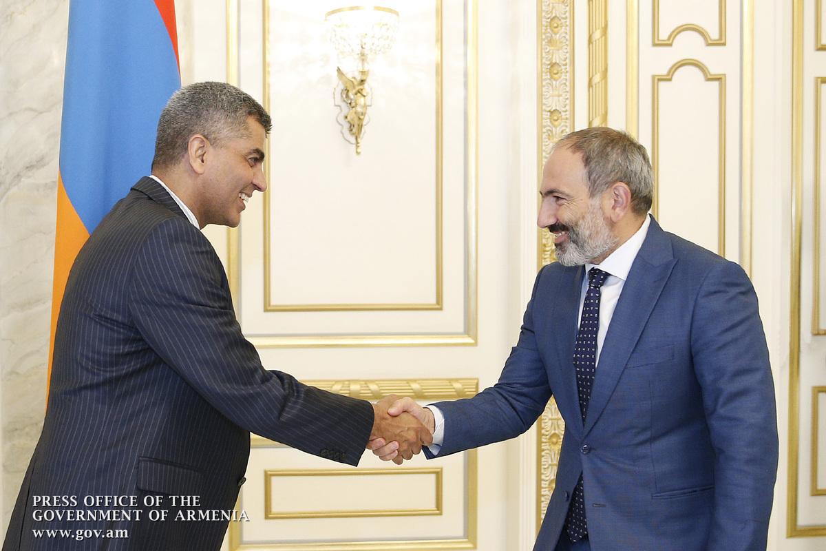 Վարչապետն ընդունել է Հայաստանում Հնդկաստանի արտակարգ և լիազոր դեսպան Յոգեշվար Սանգվանին