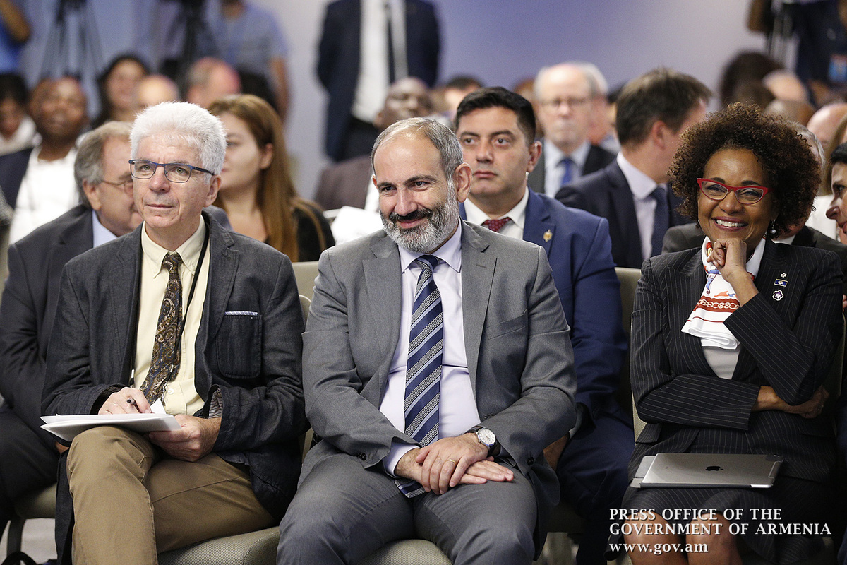 Նիկոլ Փաշինյանի և Միկաել Ժանի մասնակցությամբ Երևանում բացվել է Ֆրանկոֆոն հասարակական կազմակերպությունների 11-րդ ֆորումը