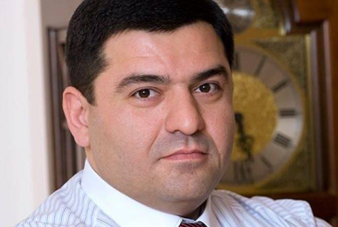 ՍԱՍ սուպերմարկետների սեփականատեր Արտակ Սարգսյանը դուրս եկավ ՀՀԿ-ից