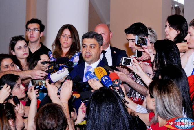 Արթուր Վանեցյանի կողմից ՀՖՖ նախագահի պաշտոնը զբաղեցնելու հարցը քննարկվում է