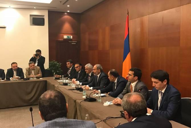 Նիկոլ Փաշինյանը հանդիպել է ռուսաստանահայ գործարարներին. Հայաստանում բիզնես սկսելու համար որևէ խոչընդոտ չկա