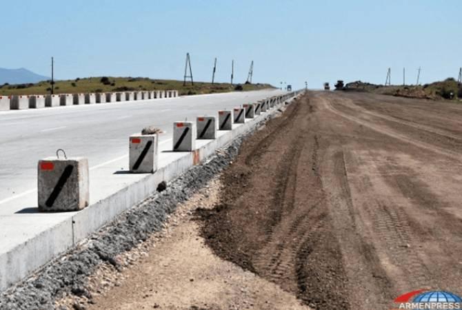 Մեկ թունելի և երկու կամրջի շինարարությամբ երկու ժամով և 55 կիլոմետրով կկրճատվի «Հյուսիս-հարավ» ճանապարհի անցողունակությունը