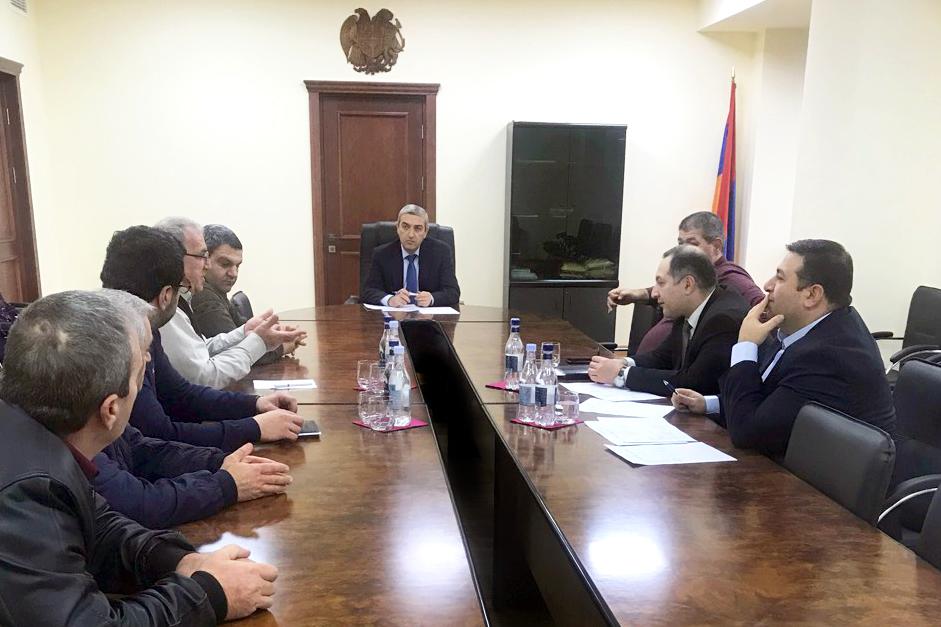 Վահան Մարտիրոսյանն ընդունել է ուղևորափոխադրումներ իրականացնող ընկերությունների ներկայացուցիչներին