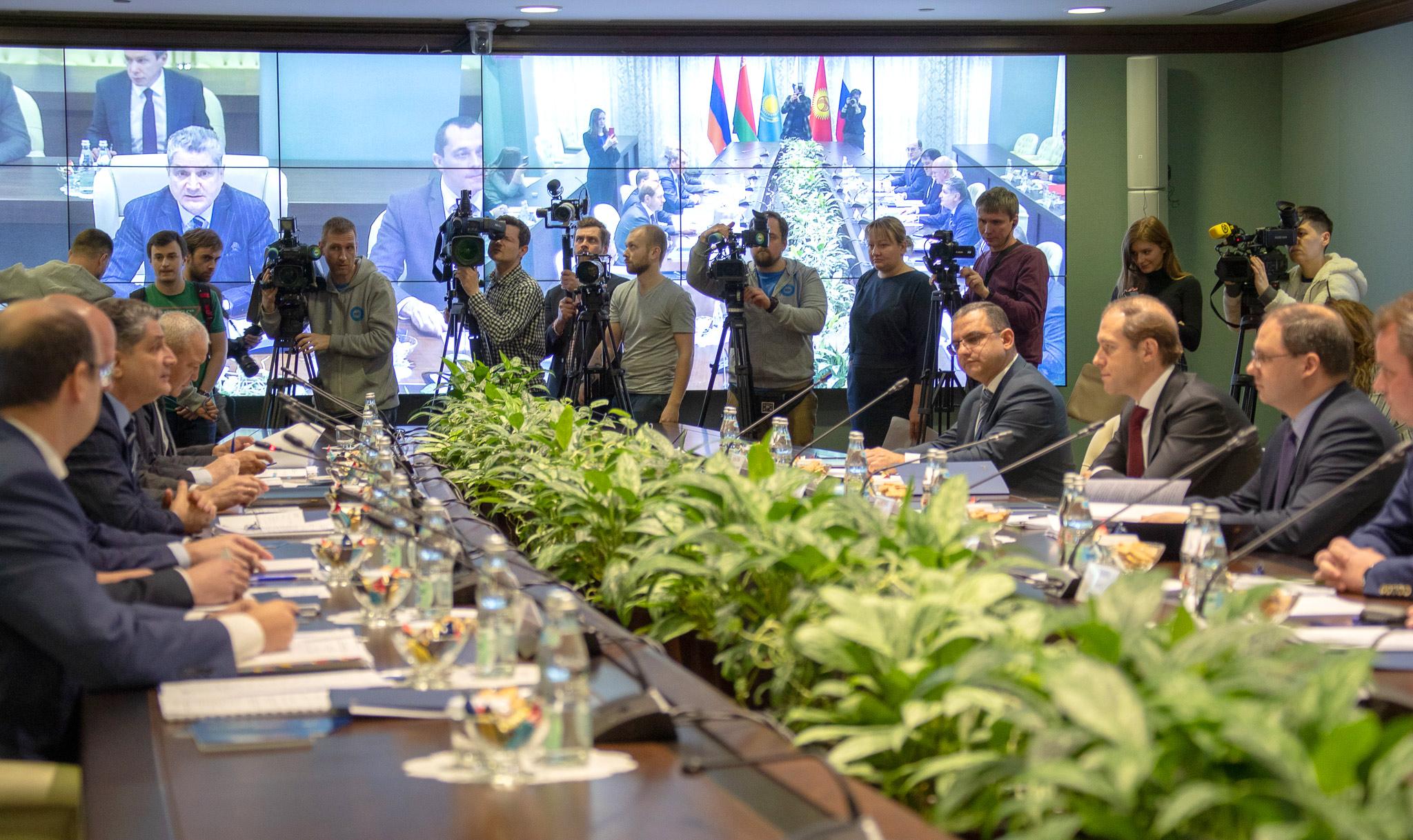 Տիգրան Խաչատրյանը մասնակցել է ԵԱՏՄ արդյունաբերության նախարարների հանդիպմանը