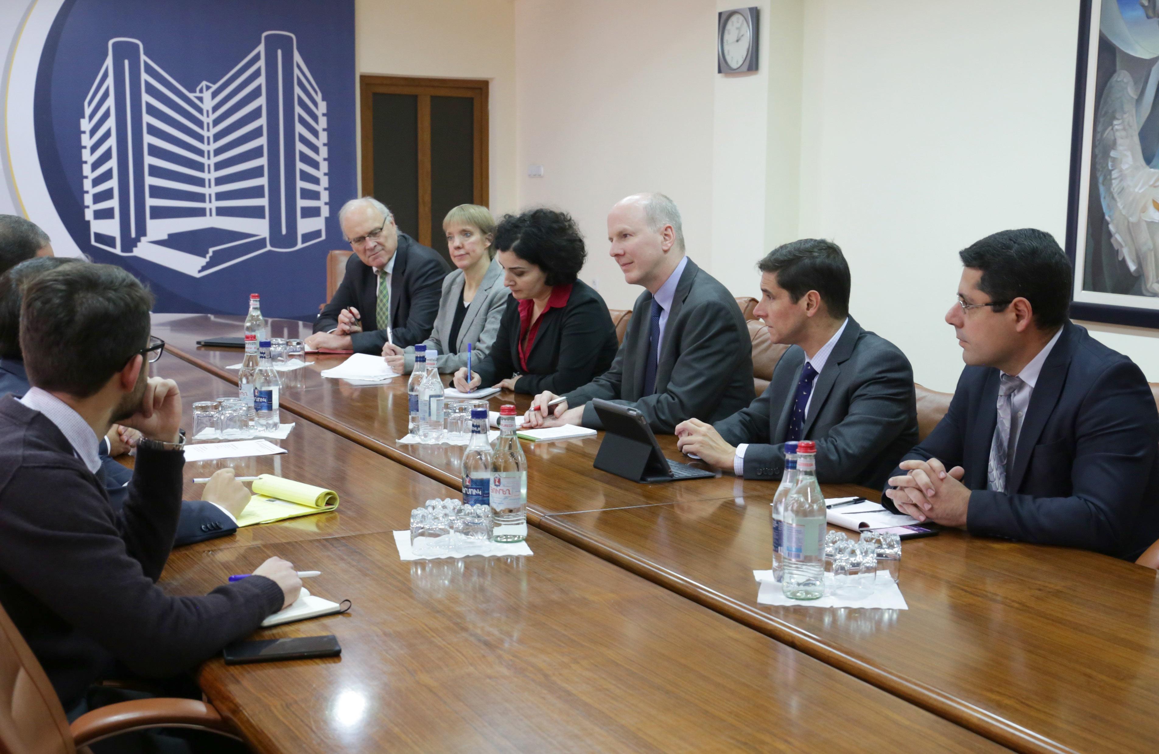 Նախարար Խաչատրյանը ԱՄՀ-ի հետ քննարկել է հանրային ներդրումների կառավարման շրջանակը