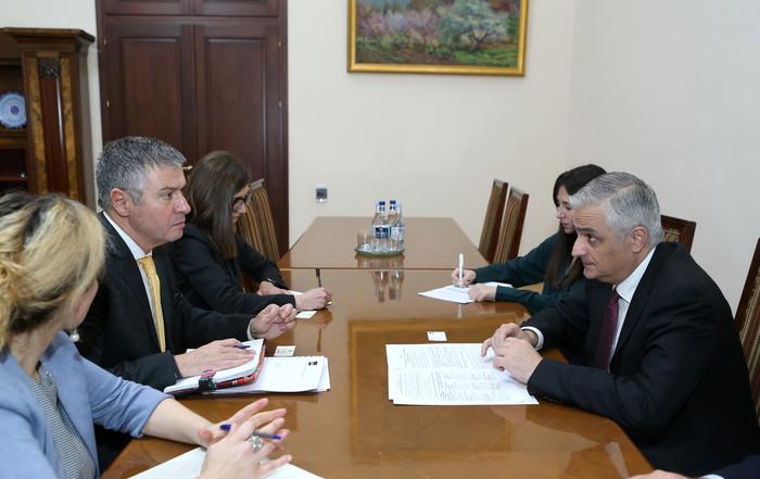 Փոխվարչապետ Մհեր Գրիգորյանն ընդունել է ԱԶԲ հայաստանյան գրասենյակի նորանշանակ տնօրենին