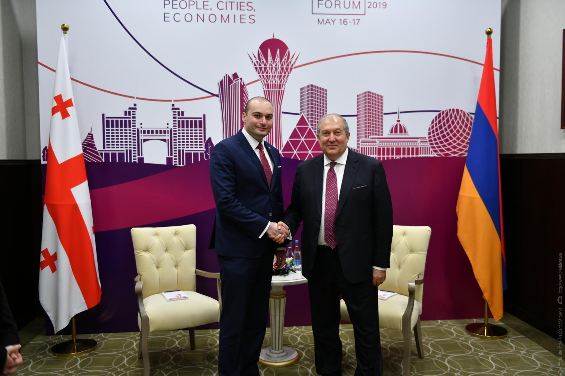 Հայ-վրացական հարաբերությունները զարգացման մեծ ներուժ ունեն. նախագահը հանդիպել է Վրաստանի վարչապետ հետ