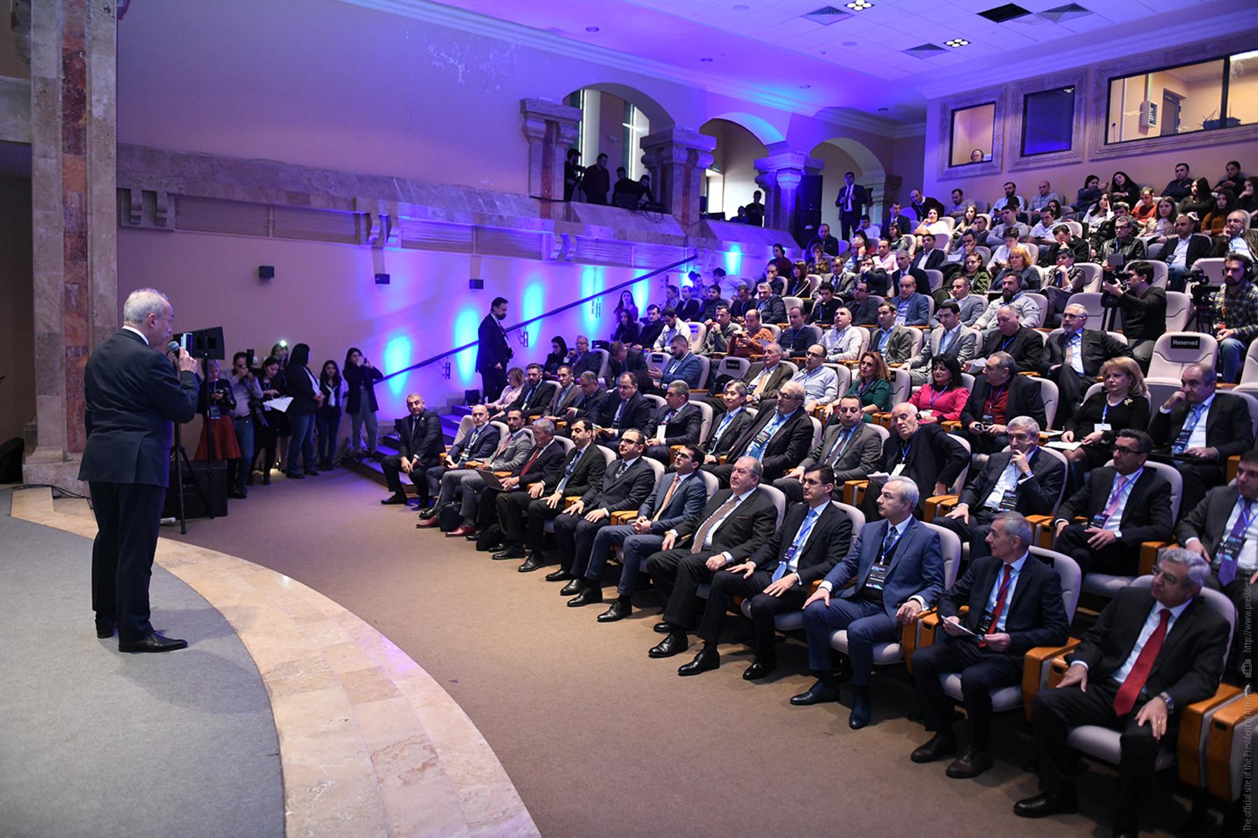 Նախագահ Արմեն Սարգսյանը մասնակցել է «Silicon Mountains» տեխնոլոգիական համաժողովին