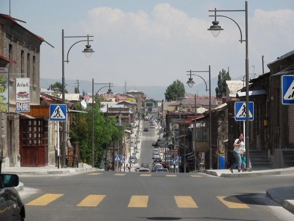 Գյումրիիում կիրականացվեն ճանապարհների վերակառուցման և հանրային լուսավորության արդիականացման աշխատանքներ
