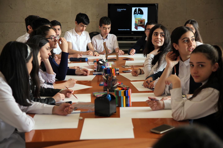 Beeline և Գաֆէսճեան արվեստի կենտրոն. մեկնարկում է «ԴիզայնԼաբ. Աթոռներ» համատեղ կրթական ծրագիրը