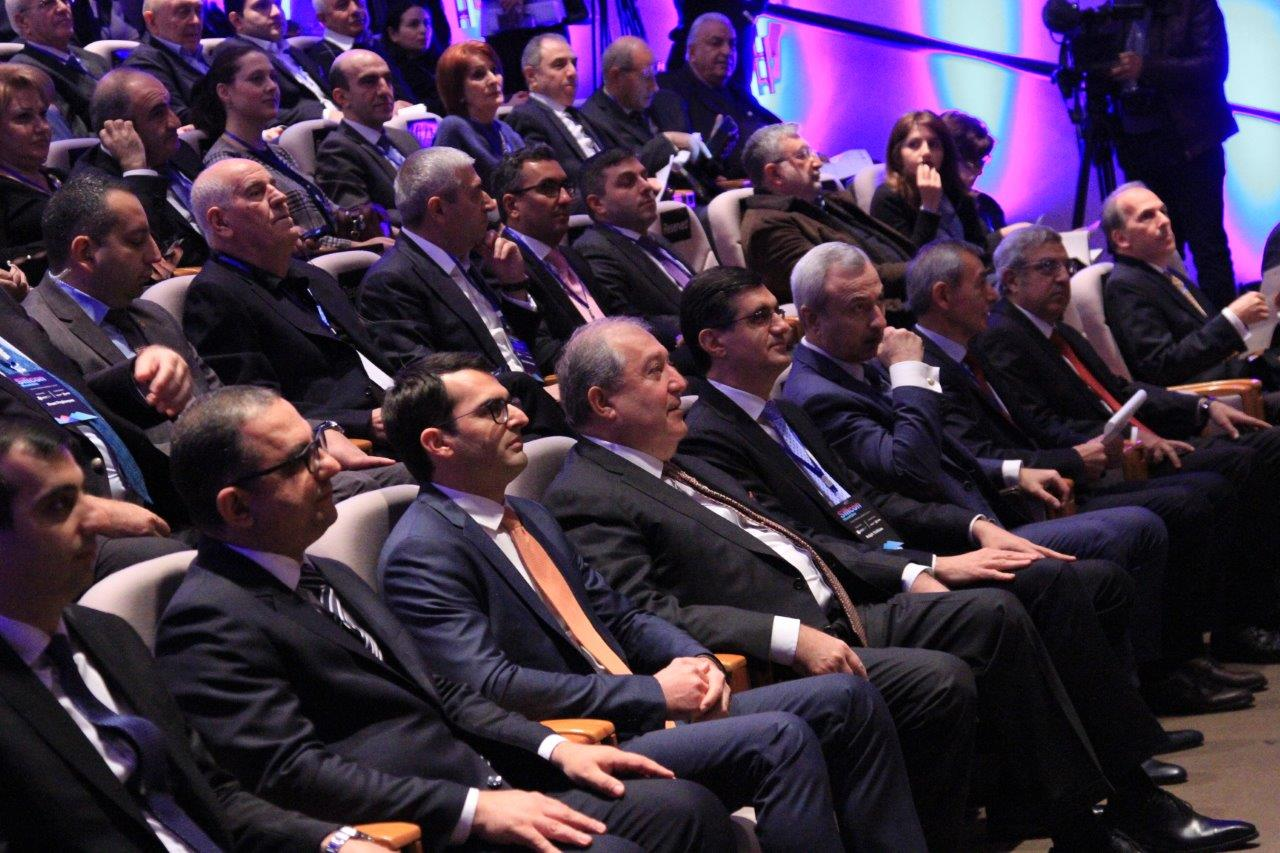 Վիվասել-ՄՏՍ. «Խելացի լուծումներին» նվիրված Silicon Mountains համաժողովը Երեւանում միավորել է ՏՀՏ ոլորտի առաջնորդներին