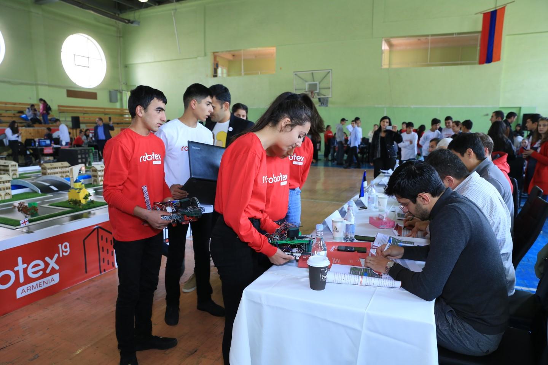 Հայտնի է Ucom-ի աջակցությամբ կայացած Robotex Armenia-ի հաղթողը