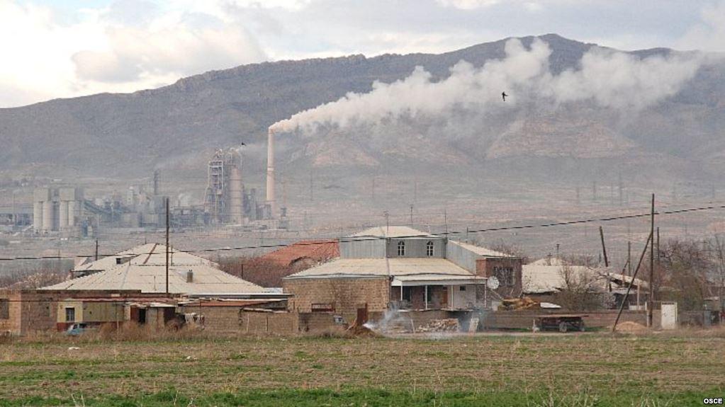 Ժամանակ. Հրազդանի և Արարատի ցեմենտի գործարանները լուծարման եզրին են. Պատճառը հայտնի է