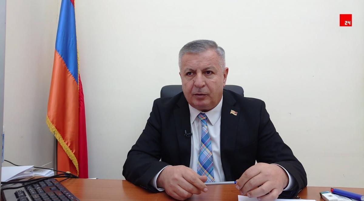 Սերգեյ Բագրատյան. Գյուղոլորտում այս պահին ներդրումներ անելով՝ սեպտեմբերից պարենային անվտանգության ապահովման հարց կլուծենք