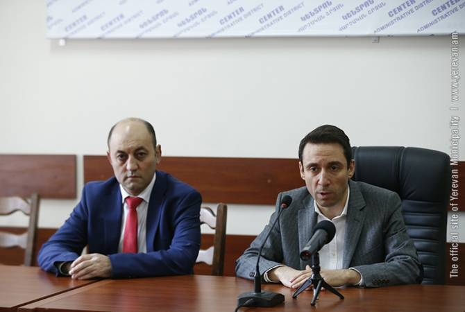 Քաղաքապետը աշխատակազմին է ներկայացրել Կենտրոն վարչական շրջանի նորանշանակ ղեկավար Ավետ Պողոսյանին