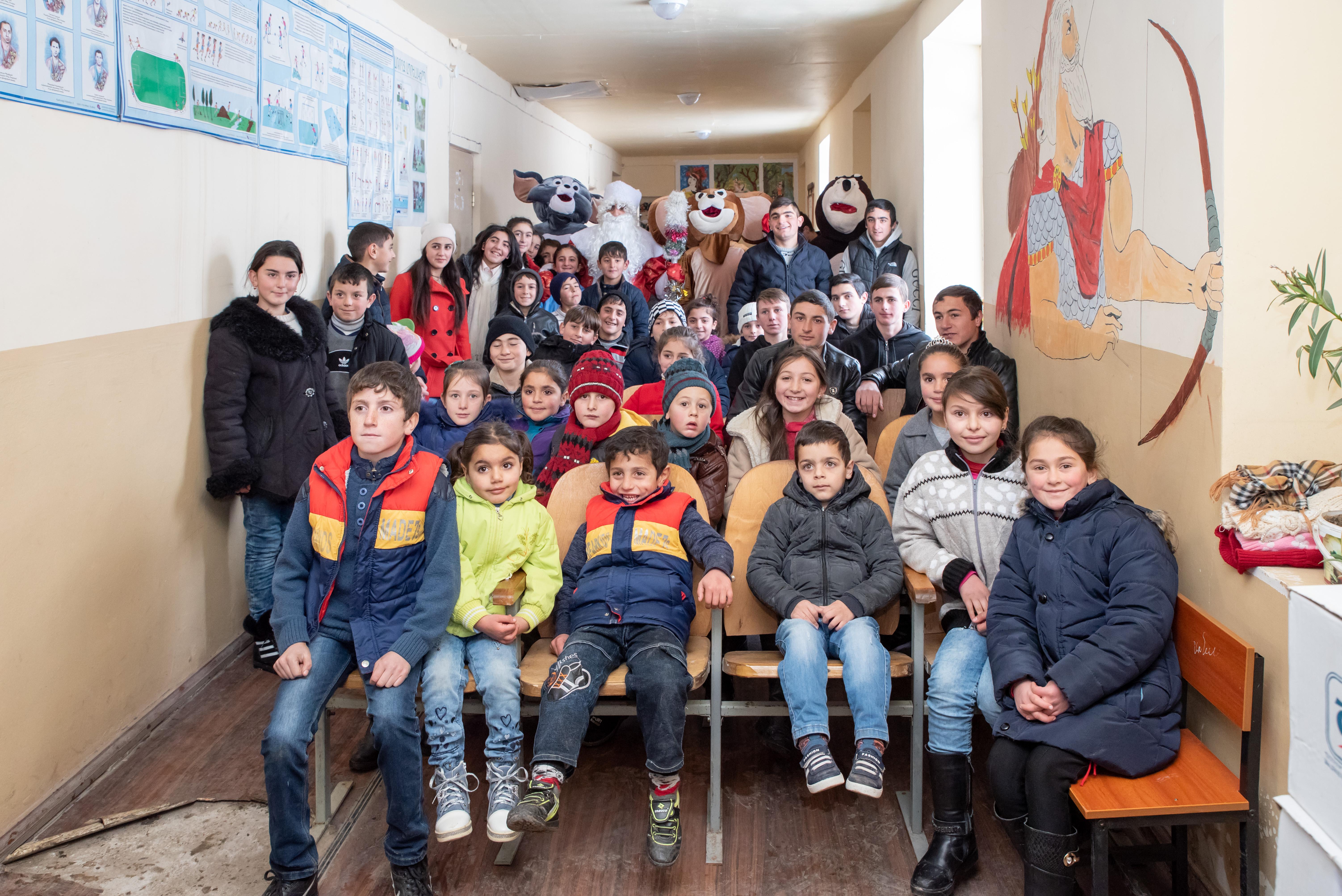 Կոնվերս բանկ․ «Դարձիր Ձմեռ պապ» նախագիծը՝ հեռավոր գյուղերի երեխաների համար