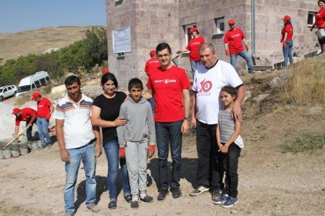 ՎիվաՍել-ՄՏՍ-ը և Ֆուլեր տնաշինական կենտրոնը Ներքին Բազմաբերդ գյուղում տուն են կառուցում